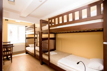 Mixed 4-bed dorm